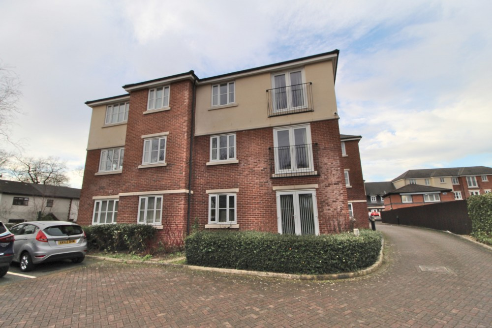 1 bed Apartment For Rent in Middlesbrough, North Yorkshire - 1