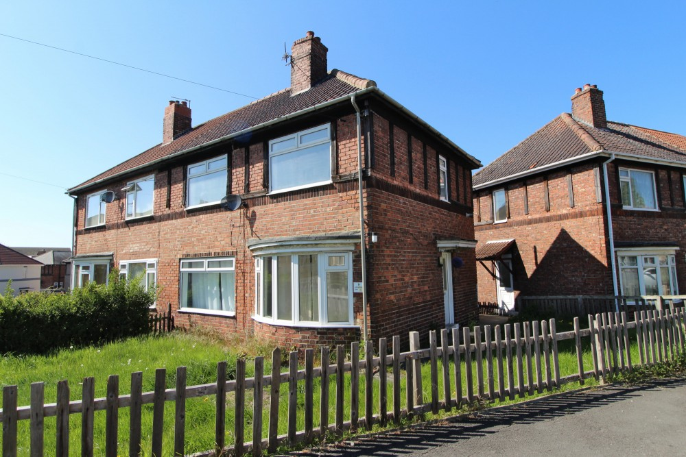 3 bed Semi-detached house For Rent in Billingham, Cleveland - 1